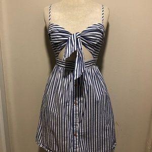 LAST ONE Sweetheart tie front dress